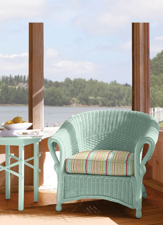 Chaise En Osier Singulier Aqua Color for Accent
